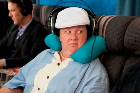 bridesmaids-melissa-mccarthy-airplane