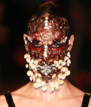 masque-coquillages-cristaux-givenchy-wtf-beaute