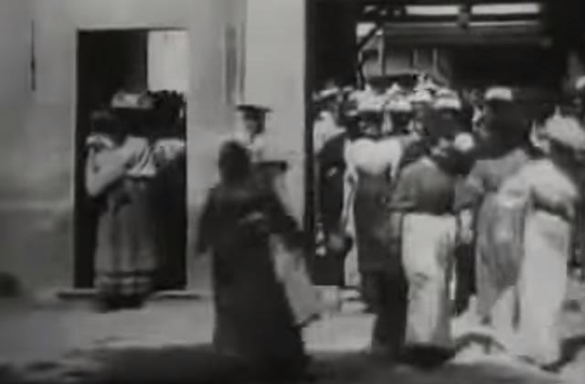 institut-lumiere-120-ans-sortie-usine-freres-lumiere