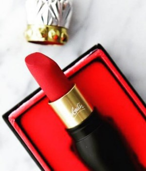 louboutin-maquillage-rouge-a-levres