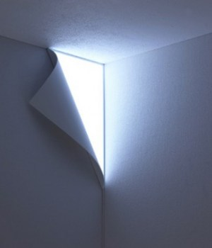 peel-lampe-mur