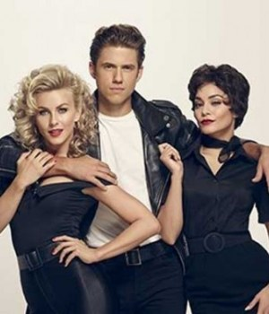 grease-live-comedie-musicale1