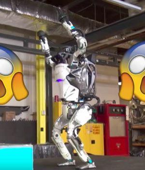 robot-salto-arriere
