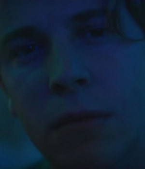 tom-odell-wrong-crowd-clip