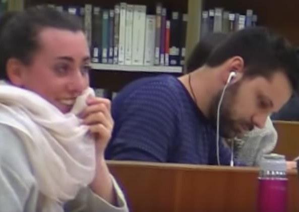 camera-cachee-bibliotheque-universitaire