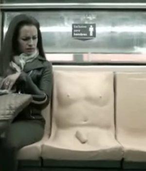 siege-penis-metro