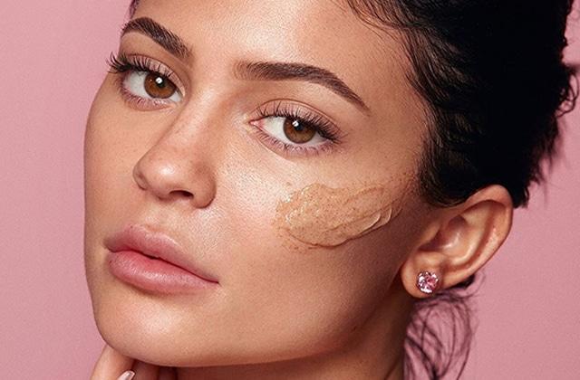 Kylie Skin gommage noix