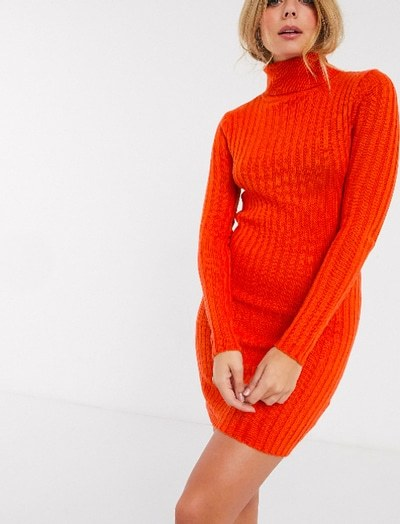 Get The Look de Rihanna : shoppe son ensemble orange vif!