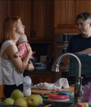 deux parents et leur bébé