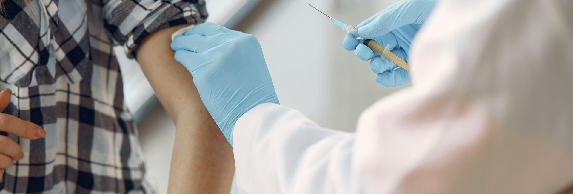 vaccination-ados-covid