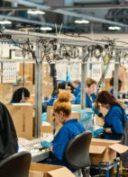 Les-géants-de-la-fast-fashion-renouvellent-leur-volonté-de-protéger-les-travailleuses-textile-au-Bangladesh