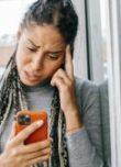 Femme- depression – iphone