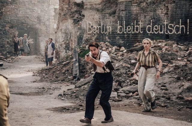 La sérieShadowplay vous plonge dans un Berlin ravagé par la violence des hommes