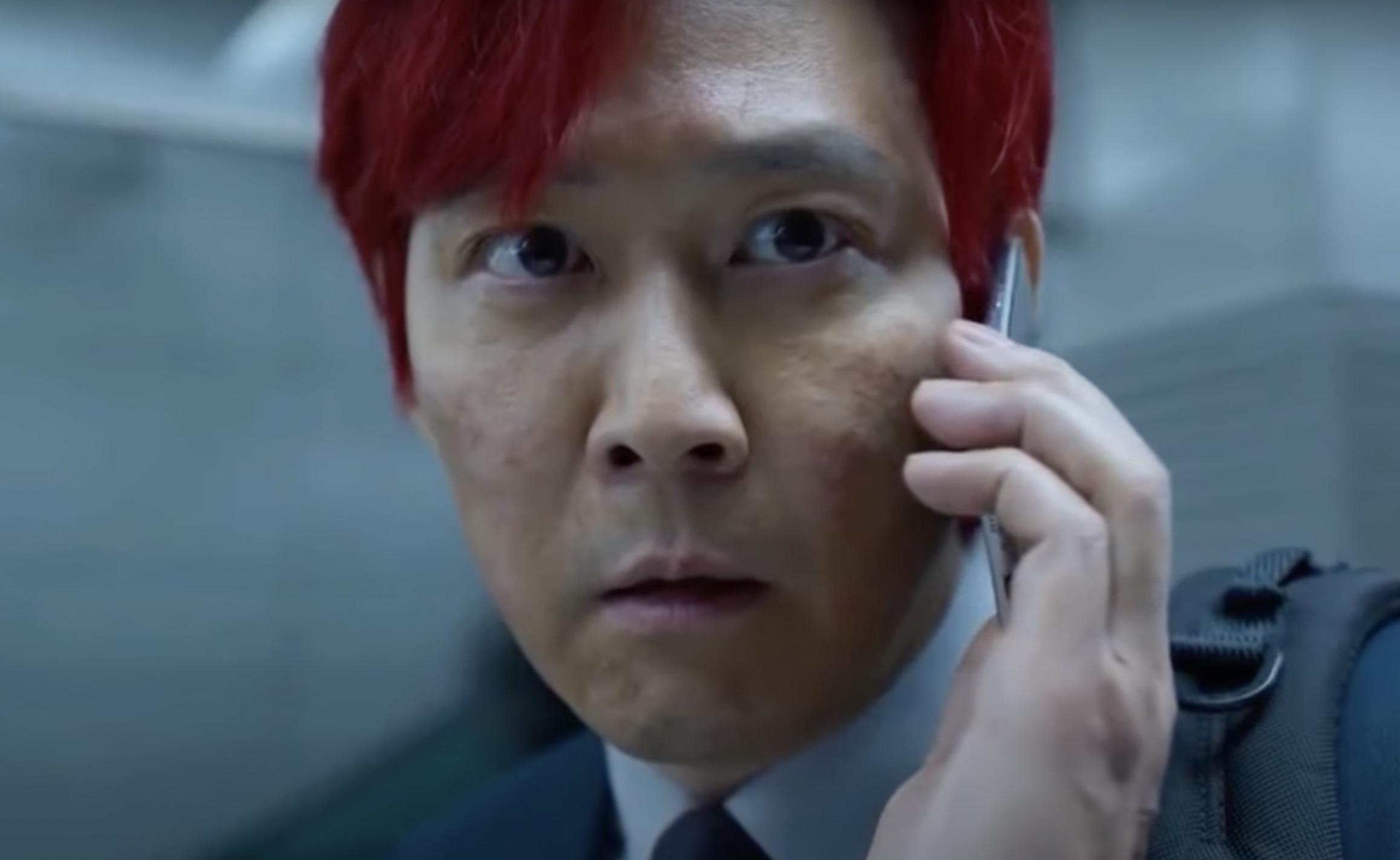 Héros de Squid Game aux cheveux rouges
