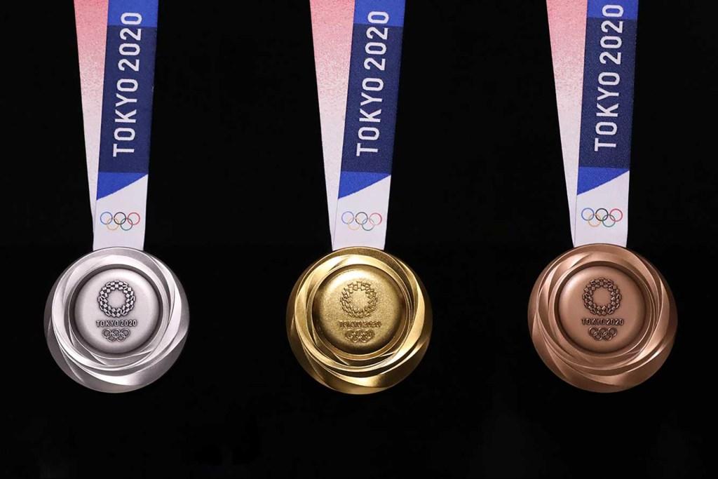tout à fait stylé vente la plus chaude correspondant en couleur Les médailles des JO 2020 seront en smartphones recyclés ...